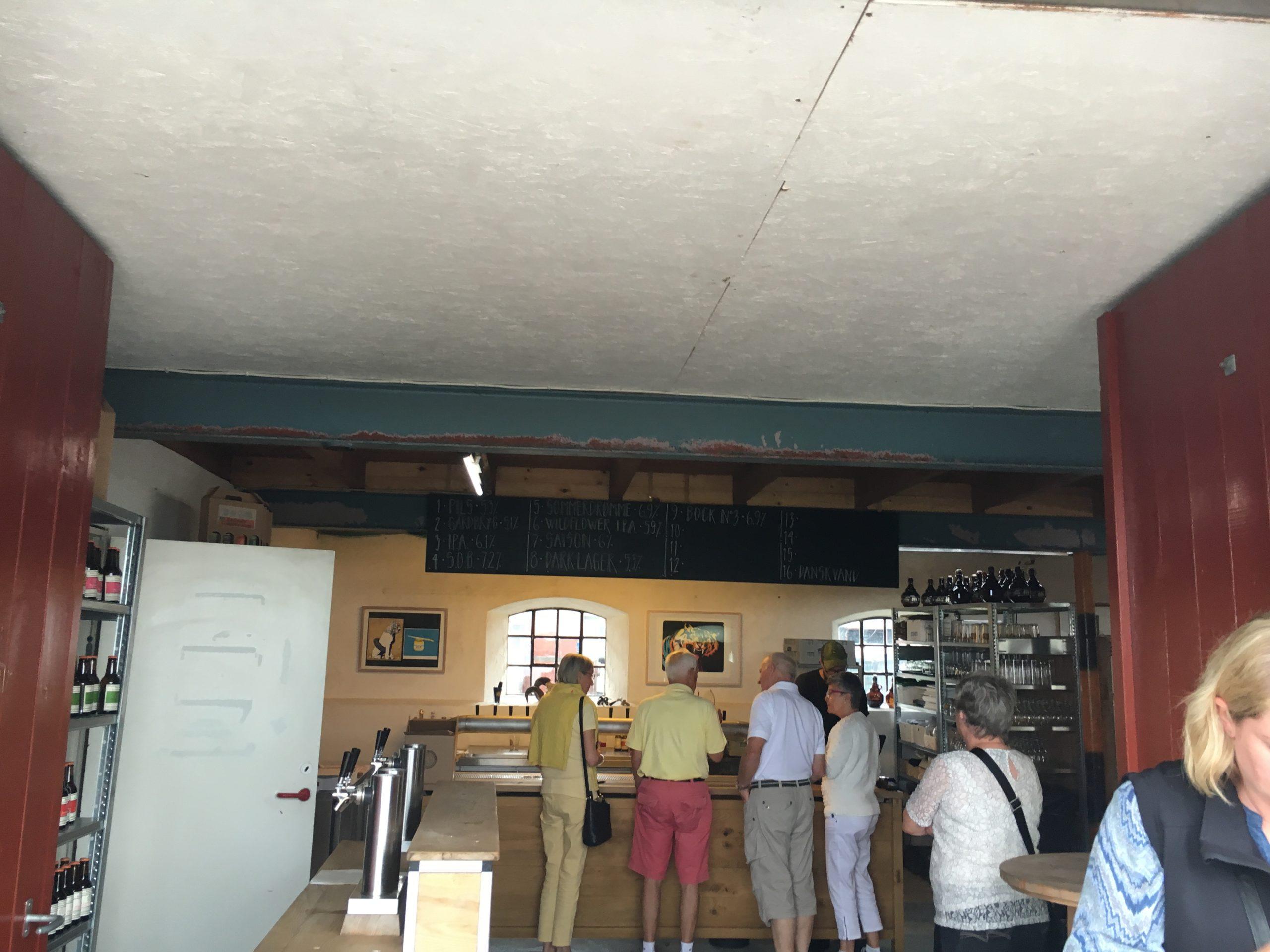 Før ImPlacement var forbi for at lave belysning i Bryggeriets sommer pop-up salgsmiljøer.